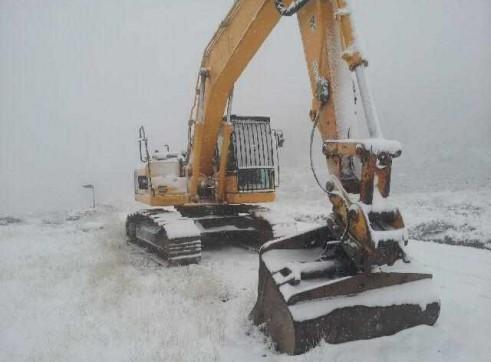 20T Excavator 2
