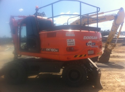 20T Wheeled Excavator 1