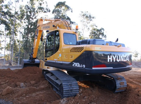 21T Excavator Hyundai R210LC-9  3