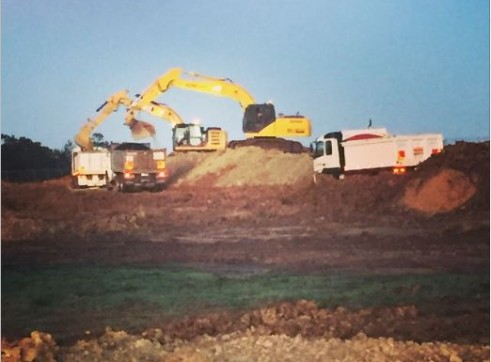 21T Sumitomo Excavator 2