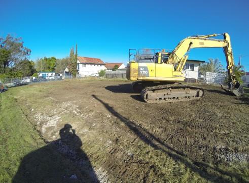 22 tonne Long Carrage Excavator 1