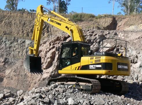 22T Detank Excavator 2