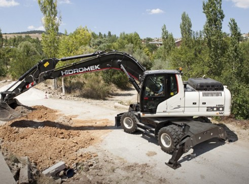22T Hidromek HMK 200 W Wheeled Excavator