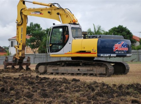 22T SH2100 Sumitomo Excavator - Mine Spec - Late Model - Many Available