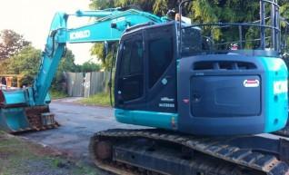 23 ton excavator 1