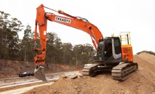 23 ton excavator with GPS 1