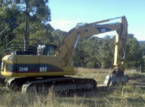 24T Caterpillar 324DL Excavator w/mulching head 1