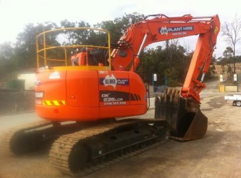 24T reduced tail swing Excavator full BMA spec trimble GPS 2