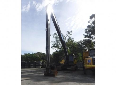 28T Volvo EC240 Long Reach Excavator - 18.5m reach 1
