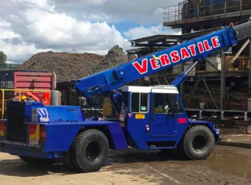 25T Franna Pick and Carry Crane 1