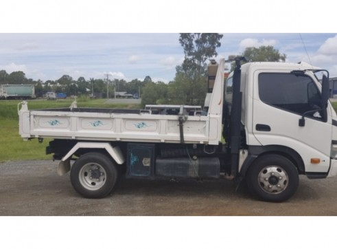 2.5T Tipper (car licence) 1