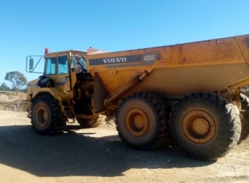 25T Volvo A25C Artic Dump Truck 1