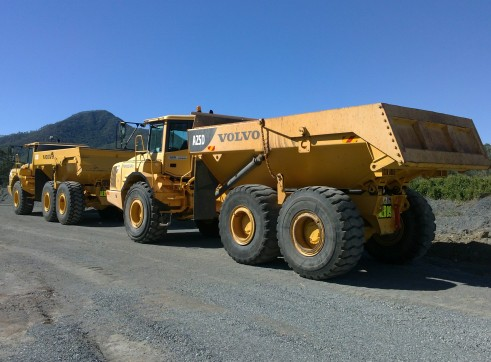 25T Volvo A25D Articulated Dump Trucks 1