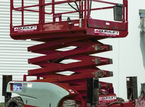 26ft diesel 4x4 All Terrain Scissor lift 1