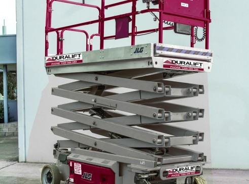 26ft Electric Scissor lift 1