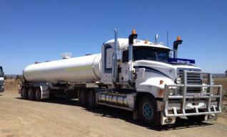 28,000 litre Water Truck 1