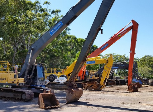 28T Volvo EC240CL Long Reach Excavator - 18.5m reach 2