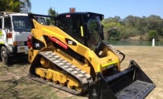 299 Caterpillar Posi-Trak 1