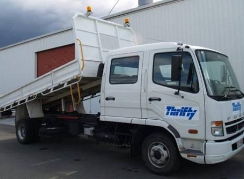 2WD 5 Tonne Dual Cab Tipper Truck, manual 1