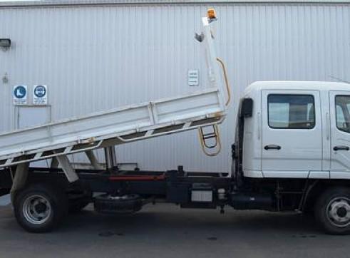 2WD 5 Tonne Dual Cab Tipper Truck, manual 3