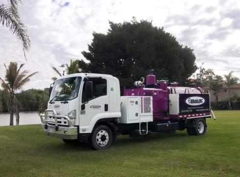 3,000L Hi CFM Hydro Vacuum Excavator 1