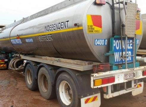 3 x 30,000L Semi Water Trucks 1