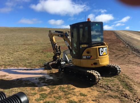 3.5T Caterpillar Excavator 2