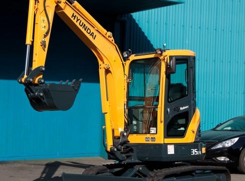 3.5T Excavator Hyundai R35Z-9 2