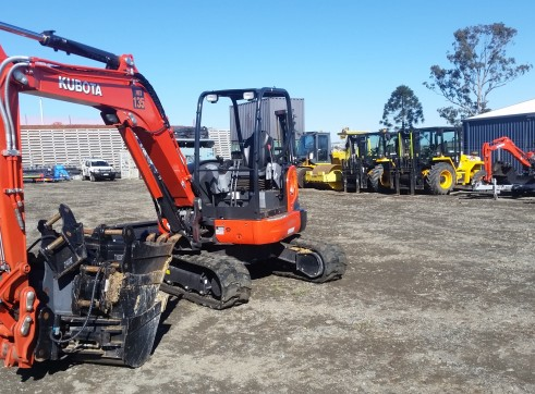 3.5T KUBOTA  Excavator open or aircab 3