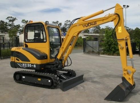 3.8T Yuchai YC35-8 Mini Excavator 1