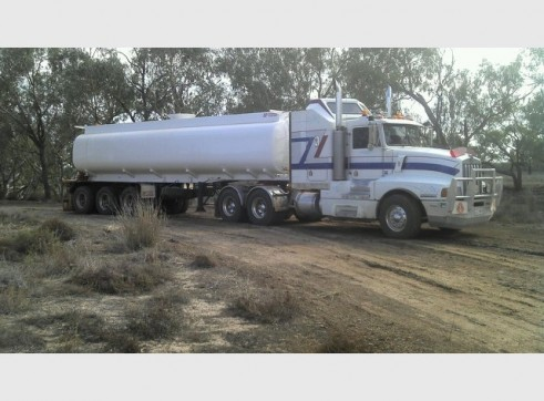 30,000L Semi Water Tanker (trailer only) 1