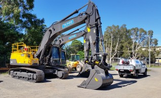 30 T Excavator Volvo EC300DL - 2 Available 1