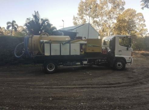 2017 3000L Vacuum Excavation Truck 4