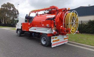 3000L Vacuum Excavation Truck 1