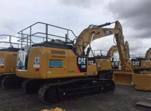 30T Caterpillar Excavator w/GPS 10