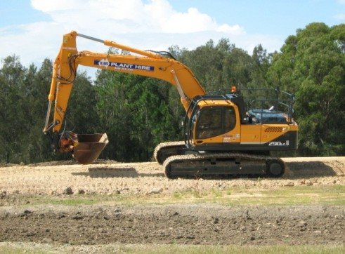 30T Excavator - mine spec 2