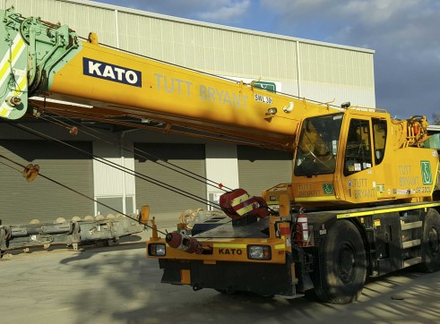 30T Kato SR300 Rough Terrain Crane 1