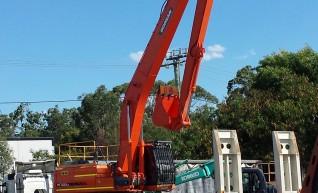 30T Longreach Excavator 1