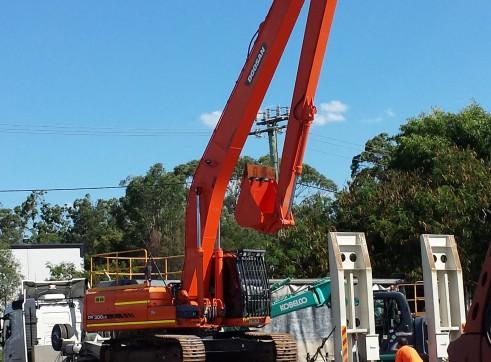 30T Longreach Excavator