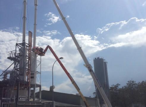 30T Slewing Crane  4