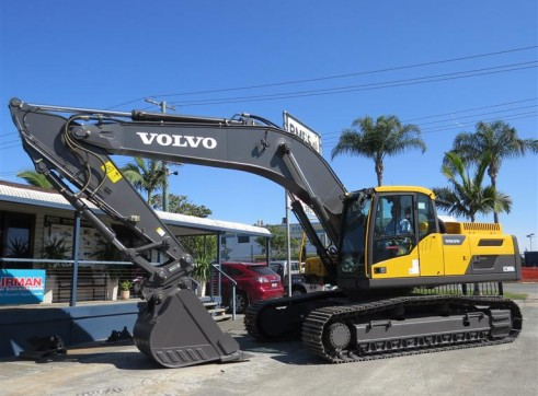 30T VOLVO ECR300DL Excavator 1