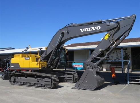 30T VOLVO ECR300DL Excavator 2