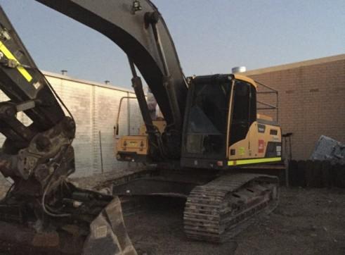 30T Volvo Excavator 1