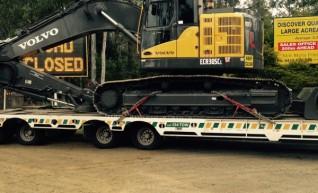 30T Volvo Excavator - Zero Swing 1