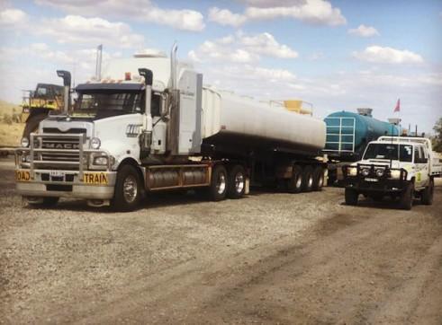32,000L Semi Water Truck 2