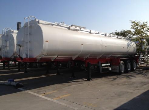 33,000Lt Tri Axle Semi Water Tanker  1