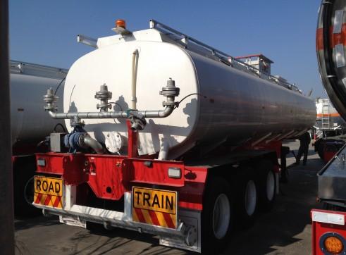 33,000Lt Tri Axle Semi Water Tanker 2