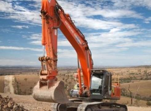 33T Hitachi Tracked Excavators x35
