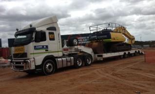 35 Tonne Excavator 1