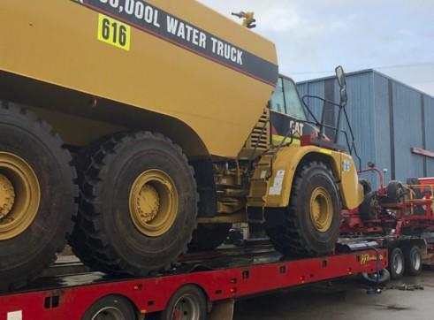 36,000L Caterpillar Artic Water Cart 4